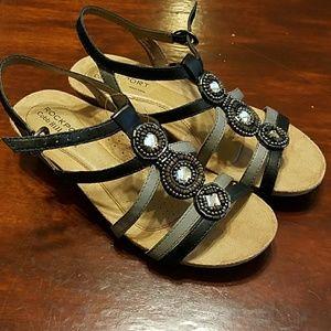 Rockport SZ 7 worn 1x leather sandals